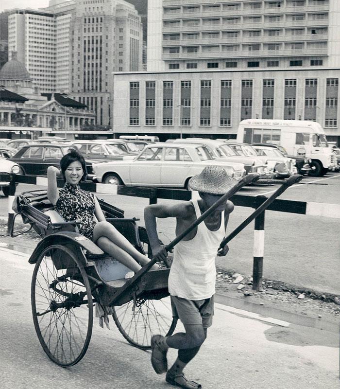 Vintage Beauties: Old Photographs of People in Hong Kong
