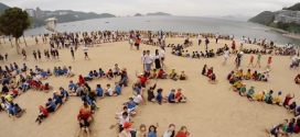 VIDEO: 900 Students Form a Giant Fish to Protect Ocean Reefs
