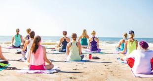 150626 - Yoga beach event - 660x330